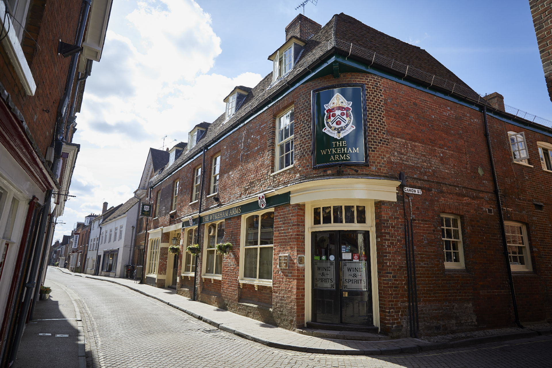 The Wykeham Arms Fullers Pub And Hotel In Winchester